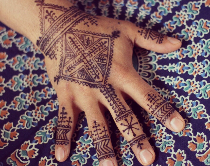 Have you tried Henna Mixed with Jagua?