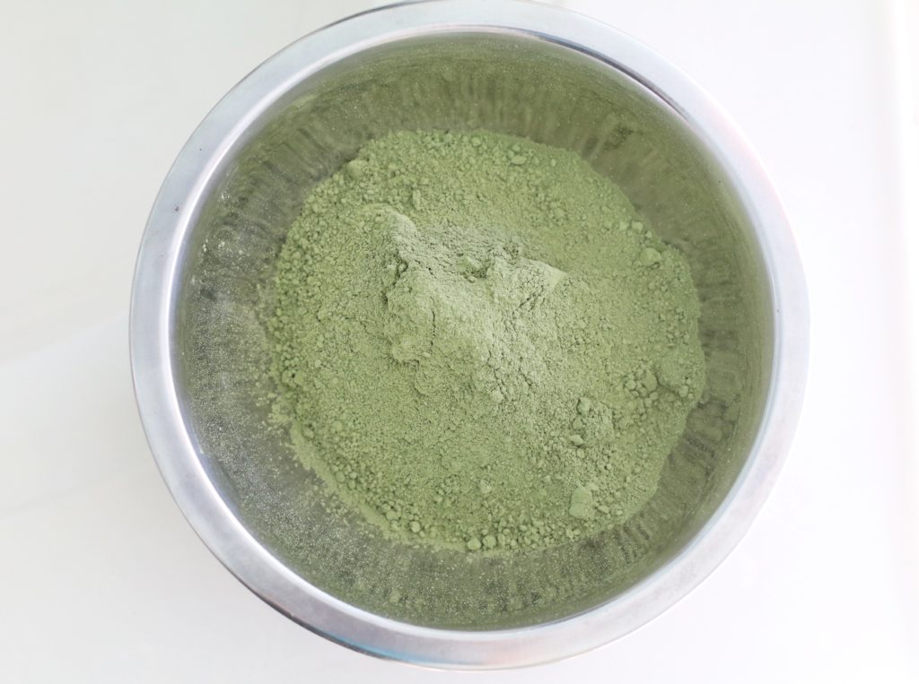 indigo-powder-organic-bowl-hair-dye-hennasooq-henna-color